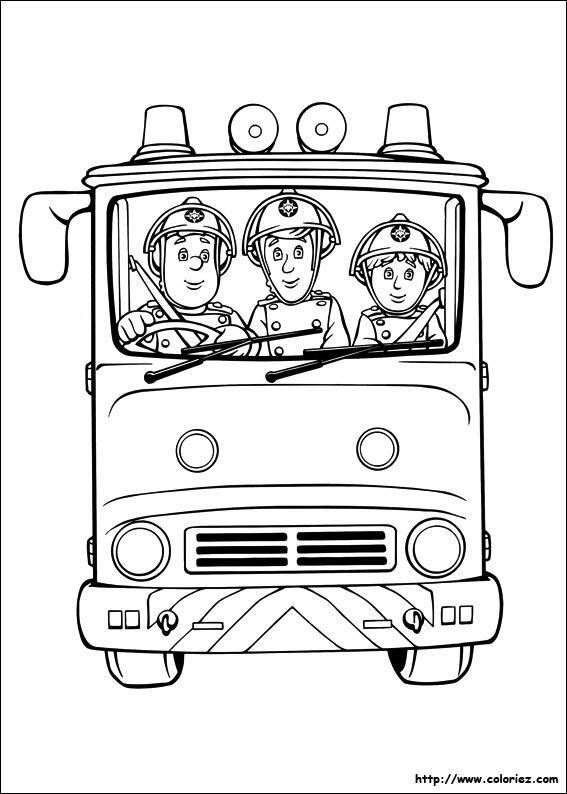 Coloriage coloriages des pompiers dans le camion - Coloriage de camion de pompier ...