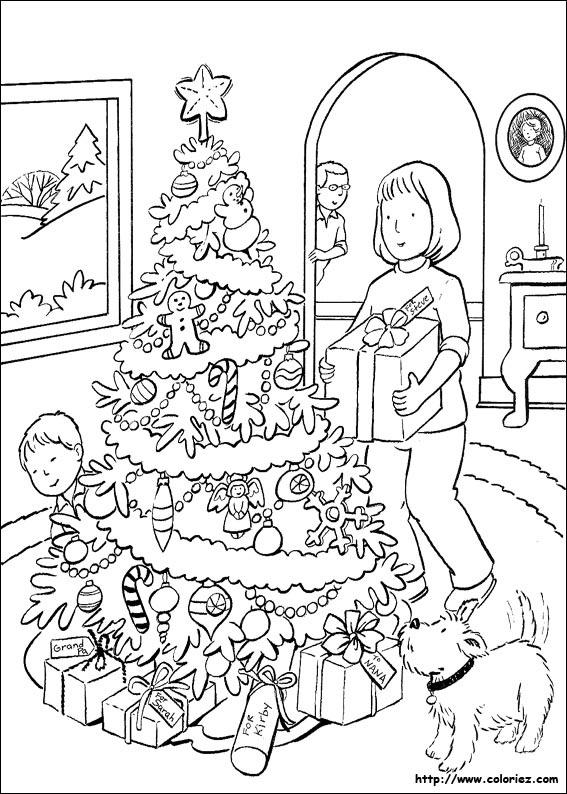 Coloriage Sapin Et Cadeaux De Noel